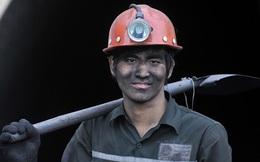 Vỡ trận ngành than: 1 thời gian dài xúc lên bán cho Trung Quốc, nay vừa thừa than lại vừa phải nhập từ Trung Quốc về dùng