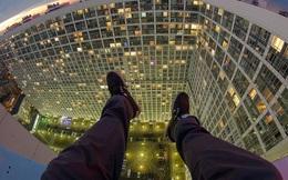 """Thót tim trước những bức ảnh """"tự sướng"""" được chụp trên các tòa nhà chọc trời"""