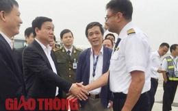 NÓNG: Máy bay Vietnam Airlines gặp sự cố vừa hạ cánh an toàn