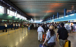 Ý: Phi công định tự tử cùng 200 hành khách do vợ bỏ