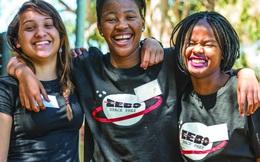 Vệ tinh đầu tiên của châu Phi thực chất là thành quả của nhóm các cô gái trẻ đang học trung học