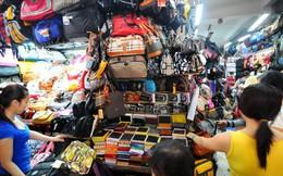 Chỉ 10 máy may, 30.000 quần áo Nike, Adidas... tràn ra tiệm
