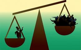 Bạn có biết chỉ vài thập kỷ qua, lương của bạn tăng có 10%, trong khi của sếp bạn tăng tới 1.000%?