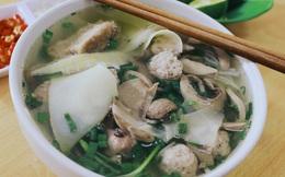 Gánh hàng của mẹ truyền lại cho 4 chị em - chuyện về quán ăn nhỏ hút khách suốt 30 năm ở Hà Nội