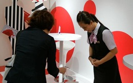Takashimaya đang sử dụng tuyệt chiêu 'sự tận tụy của người Nhật' để mua chuộc khách hàng Việt?