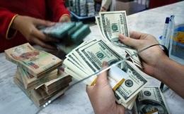 Vàng sụp đổ, thời này chỉ có găm USD?