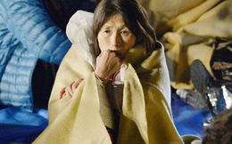 Người dân Nhật Bản thẫn thờ sau trận động đất khiến gần 1.000 người thương vong