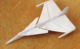 """[Video] Đây là cách """"người lớn"""" chơi máy bay giấy"""