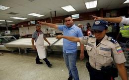 Venezuela: Siêu thị trống, giấy vệ sinh giá 30 USD một cuộn