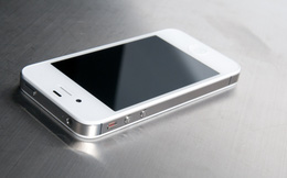 Người dùng iPhone 4S bùi ngùi bỏ cuộc chơi iOS 10