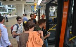 Tuyến xe bus cao cấp Hà Nội - Nội Bài miễn phí wifi, giá rẻ hơn 100.000-300.000 đồng nếu đi Uber, taxi