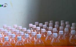 Sản xuất nước ngọt siêu bẩn nhưng vẫn được chứng nhận đảm bảo an toàn vệ sinh thực phẩm