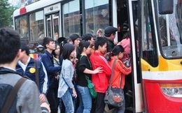 Mỗi ngày Hanoibus đang mất gần 160.000 lượt khách, phải chăng người dân thủ đô đã chán ngán xe buýt?
