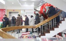 Samsung thất thế ngay trên sân nhà, dân Hàn Quốc xếp hàng dài mua Xiaomi