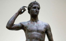 """Đây là lý do tại sao những bức tượng nam giới đều có """"cậu nhỏ"""" rất nhỏ"""