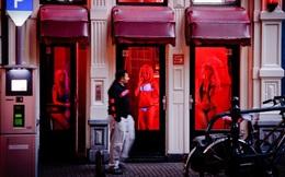 """Hà Lan có thực sự """"giàu bình yên"""" khi vẫn là """"cái rốn"""" mại dâm của châu Âu? (P2)"""