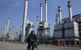 """Được đề nghị cứu giá dầu, Iran """"xì mũi coi thường"""""""