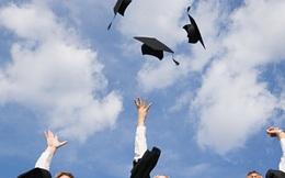 Học phí ngày càng tăng, nhưng tấm bằng đại học có chắc đổi được một công việc tốt?