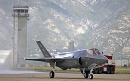 """Lỗi ngớ ngẩn chết người trong chiếc máy bay """"hủy diệt"""" của Không quân Hoa Kỳ"""