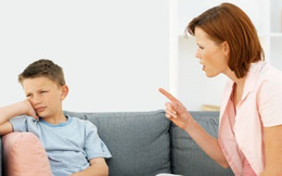 """Muốn con tự lập hơn, bố mẹ đừng bắt con lúc nào cũng khoanh tay """"con biết rồi ạ"""""""
