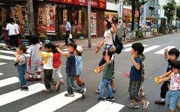 """Nước Nhật đang chứng kiến hơn 200 nghìn người """"biến mất"""" và 500 trường học đóng cửa mỗi năm"""