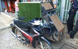Chàng sinh viên người Đức phượt khắp Đông Nam Á với một chiếc xe máy và tấm pin năng lượng Mặt Trời