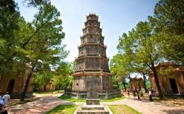 Dẫn khách vãn cảnh chùa Thiên Mụ, bị phạt 5 triệu đồng