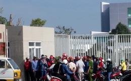 Bị công ty nợ lương, đầu năm công nhân kéo đến trụ sở tỉnh