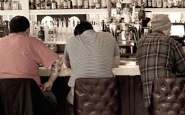 3 doanh nhân phá sản say khướt trong quán rượu, và lời nói của người đàn ông lạ khiến họ bừng tỉnh