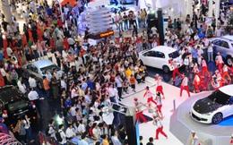 Nhìn lại thị trường ôtô 2015: Bùng nổ trong lo lắng