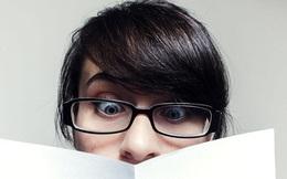Người trẻ ngày nay mắc thói quen khiến cho cả một thế hệ phải đeo kính dày cộp