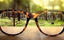 Gần 1 tỷ người có nguy cơ bị mù vì cứ dán mắt vào smartphone