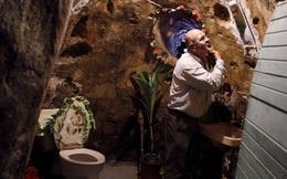 Bảo vệ gia đình khỏi ô nhiễm và tiếng ồn, người đàn ông này dành 12 năm đào hầm trong lòng đất để ở