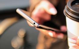 Người Việt cầm điện thoại lên xem mỗi ngày 150 lần, trung bình hơn 10 lần/giờ.