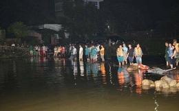 Trắng đêm tìm kiếm 3 sinh viên trường ĐH Ngoại Thương mất tích do mưa lũ