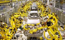 """Robot """"cướp"""" việc của hàng chục ngàn người"""