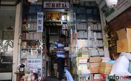 Tiệm sách miễn phí của ông lão 64 tuổi giữa Sài thành