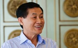"""Những điều ít biết về """"Vua hàng hiệu"""" Johnathan Hạnh Nguyễn"""
