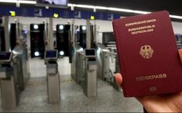 """Không phải Mỹ, đây mới là nước có tấm hộ chiếu """"quyền lực"""" nhất thế giới"""