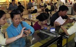 Tiền mua điện thoại đã ngang bằng tiền uống bia 3 tỷ đô, riêng Thế giới di động chiếm 1/3 số này