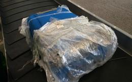 Nhiều hành khách bị rạch hành lý ở sân bay