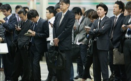 Nhân viên người Nhật hiếm khi nhảy việc hay đòi tăng lương nhưng Chính phủ không vui vì điều này