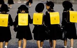 Trò chơi đơn giản cho thấy học sinh Nhật khéo léo, đoàn kết như thế nào