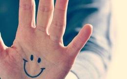 Nhìn vào bàn tay, đây là những dấu hiệu để phát hiện căn bệnh bạn đang mắc