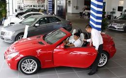 """Người Việt """"chán"""" mua ô tô vì giá tăng cao?"""