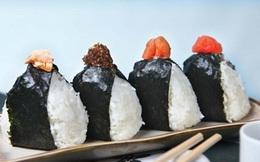 """Câu chuyện về món cơm nắm Onigiri """"thần thánh"""" – Biểu tượng văn hóa ẩm thực và tình cảm của người Nhật"""