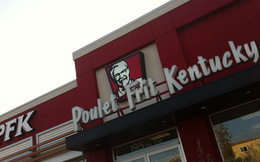 Nếu bạn muốn ăn KFC ở đây, hãy tìm cửa hàng có tên ... PFK