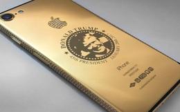 Chẳng cần tự truyện hay diễn văn, Donald Trump khẳng định thương hiệu qua iPhone bằng vàng