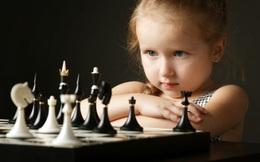 Cho con học chơi cờ từ bé liệu có giúp trẻ thông minh hơn?