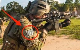 Tại sao cờ Mỹ trên quân phục luôn bị đảo ngược, còn Việt Nam thì không?